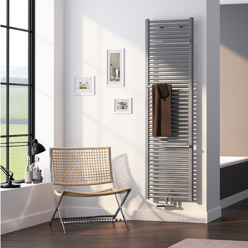 Designheizkörper Line Plus 600 x 1775 mm, weiß - Design in Bad